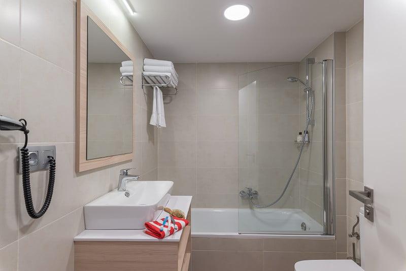 Cuarto de baño en Hotel Salou Beach