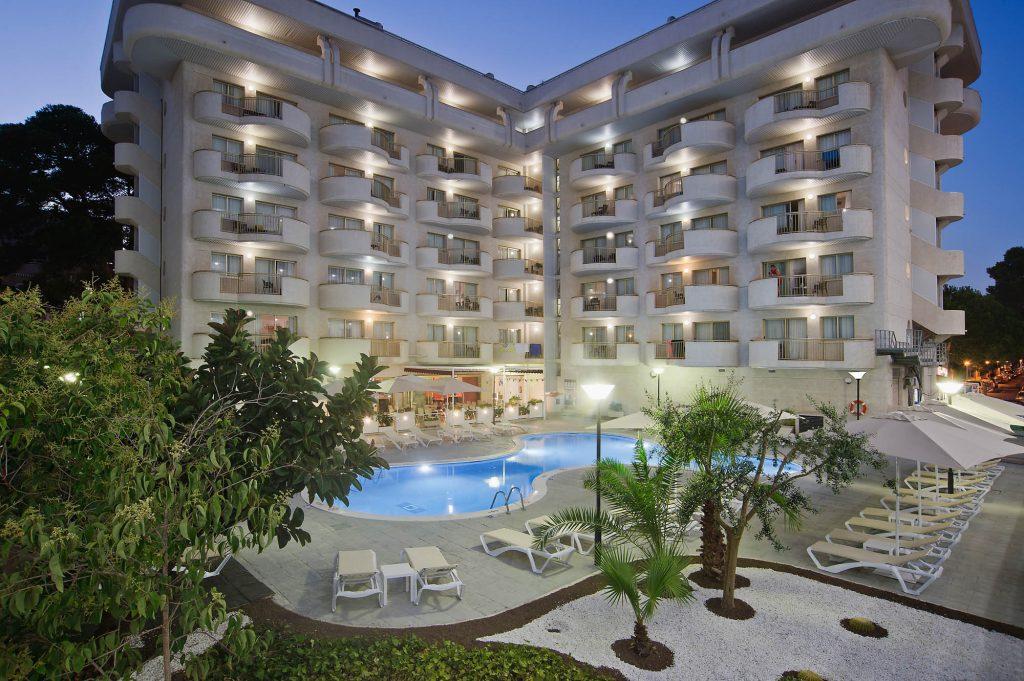 Hotel Salou Beach**** a pocos metros de la playa de Capellanes | Pierre et Vacances